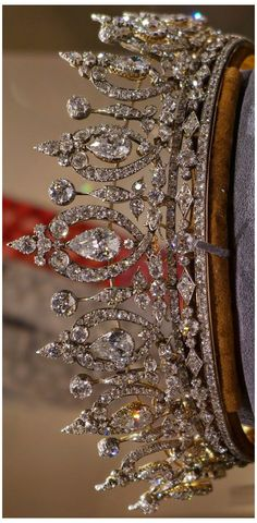 Royal Crowns, Royal Tiaras, Tiaras And Crowns, Crown Royal, Jewelery, Jewelry Necklaces, Jewelry Sites, Jewellery Rings, Silver Jewellery