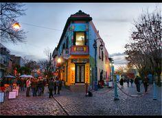 Quartier bohème de la Boca à Buenos Aires, Argentina#Dans cette capitale aux accents européens, l'une des reines des nuits latino-américaines, le quartier bohème de La Boca, et le quartier chic de Recoleta#http://urlz.fr/3g38#Argentina Travel Blog#2,6,12