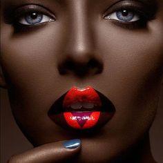Beautiful Dark Skin   Galeria de fotos para tu blog o webpage