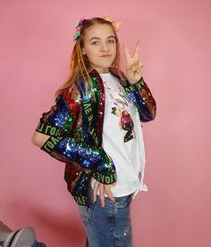 Hannah Montana, Son Luna, Jojo Siwa, Bari, Celebrity, Disney, Places, Youtube, Women