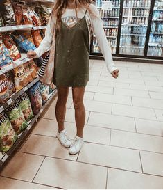 15 Summer to Fall Outfits! - 15 Summer to Fall Outfits! Best Picture For outfits classy For Your Taste You are looking for som - Trend Fashion, Look Fashion, Fashion Outfits, Korean Fashion, Fashion Ideas, Fashion Tips, Modest Fashion, Surfergirl Style, Mode Grunge