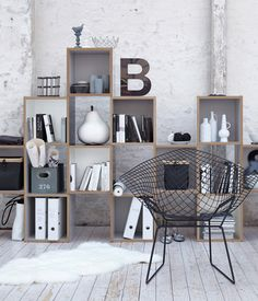 Space Saving Bookshelf Giving Solution for Small Rooms: Industrial Style Home Furnished With Decorative Shelving Unit Standing On Wooden Flo. Decoration Inspiration, Decoration Design, Interior Inspiration, Room Inspiration, My Living Room, Home And Living, Living Spaces, Creative Bookshelves, Bookshelf Ideas