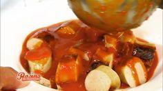 Die Currywurst-Sauce nach dem Rezept von Frank Rosin macht aus einer guten Wurst eine besondere Gaumenfreude. Burger Recipes, Grilling Recipes, Sauce Recipes, Cooking Recipes, Yummy Recipes, Just Cooking, Cooking Time, Fish And Chicken, Tasty