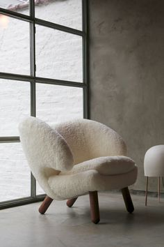 PELICAN CHAIR — FAIR Plywood Furniture, Furniture Decor, Modern Furniture, Furniture Design, Industrial Design Furniture, Danish Furniture, Smart Furniture, Lounge Furniture, Furniture Layout