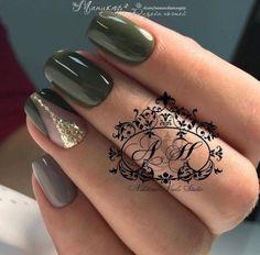 naildesign – Page 177 – NagelDesign Elegant ♥ Nail Desing nail design khaki Dark Green Nails, Green Nail Polish, Dark Nails, Gold Nails, Peach Nails, Gel Polish, Gold Glitter, Green Nail Designs, Nail Art Designs