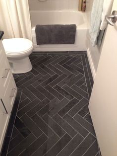 33 black slate bathroom floor tiles ideas and pictures - For the Home - Bathroom Decor Slate Bathroom, Bathroom Floor Tiles, Simple Bathroom, Black Bathroom Floor, Silver Bathroom, Small Bathroom Designs, Bathroom Renos, Basement Bathroom, Charcoal Bathroom