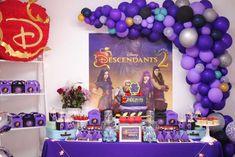 Eventos Celebra Candela & Birthday / Descendants - Photo Gallery at Catch M. Descendants Cake, Disney Descendants, 9th Birthday Parties, Girl Birthday, Birthday Ideas, History Of Birthdays, Rock Star Party, Party Ideas, Maleficent Party
