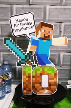 Epic Parties by REVO's Birthday / Minecraft - Photo Gallery at Catch My Party Minecraft Party, Minecraft Birthday Card, Lego Minecraft, Minecraft Ideas, Birthday Games, 6th Birthday Parties, Birthday Party Centerpieces, Ideas Para Fiestas, Halloween Party Decor