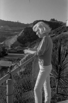 Marilyn by George Barris, 1962. At the end She got very thin because of her alcohol drinking.