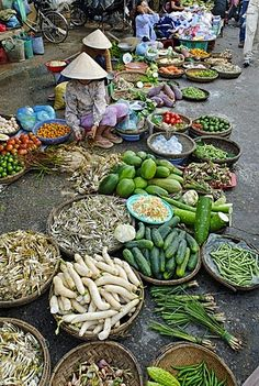 Farmers market in Hoi An, Vietnam