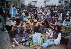 Hippies on Dam Square in Amsterdam during the early 70ties. My new novel will take you back right there…