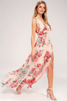 Your enchanted evening begins with the Lulus Daley Blush Floral Print Sleeveless Maxi Dress! Lovely chiffon floral print maxi dress with an apron neckline. Floral Bridesmaid Dresses, Bridesmaid Dresses Online, Blush Dresses, Blush Gown, Flattering Bridesmaid Dresses, Bridesmaids, Peach Gown, Affordable Bridesmaid Dresses, Dresses Dresses