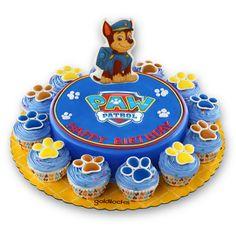 Bolo Do Paw Patrol, Paw Patrol Dress, Paw Patrol Cupcakes, Paw Patrol Birthday Cake, Paw Patrol Cake, Paw Patrol Party, Muffins Decorados, Toddler Birthday Themes, Paw Patrol Decorations