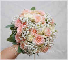 Romantyczny różowy bukiet ślubny z róż i gipsówki opolskie