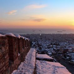 Frosty #Thessaloniki as captured by Thessaloniki's Instagrammers. Want to get featured ? Use #visitthessaloniki and tag… Thessaloniki, Winter Day, Greece, How To Get, Earth, Mountains, Sunset, Places, Travel