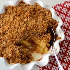 Apple Crisp, with a divine crispy oat and graham cracker brown sugar topping!