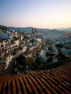 Imponente y majestuoso. Como toda ciudad de altura, Taxco cuenta con impresionantes miradores. #OjalaEstuvierasAqui #BestDay #Taxco