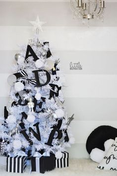 Black + White Christmas - Southern Belle's Charm
