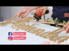 Hermoso Aro Decorado para tus fiestas!!!! Ula Ula - YouTube Balloon Flowers, Balloon Garland, Balloon Decorations, Diy Flowers, Paper Flowers, Balloons, Diy Crafts For Gifts, Diy Craft Projects, Red And White Wedding Decorations