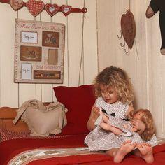 Robe fillette et poupée à l'identique par Amy Dolly