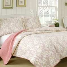 Found it at Wayfair - Cindy Quilt Set http://www.wayfair.com/daily-sales/p/Comforter%2C-Quilt-%26-Duvet-Sets-Under-%2499-Cindy-Quilt-Set~LBA2948~E18904.html?refid=SBP.rBAjD1MOF7NFET_BHhrxAgs5ZjboKEHco9ylBrv-VBk