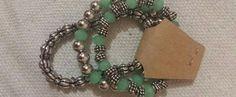 Trio de pulseiras em cristais e pérolas cromadas. Lindas! R$25,00