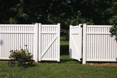 backyard+vinyl+fencing | VINYL FENCE & ACCESSORIES