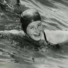 Sept. 9, 1954: Marilyn Bell, sixteen, is the first person to make the 32-mile swim across Lake Ontario.