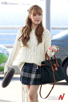 SNSD - Tiffany 티파니 Hwang MiYoung 황미영 airport fashion #스테파니 #공항패션
