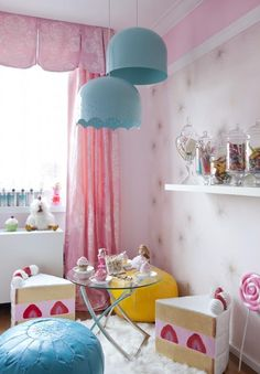 tea time with cake stools!...