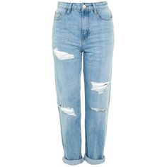 TopShop Moto High Waist Ripped Boyfriend Jeans (€46) ❤ liked on Polyvore featuring jeans, pants, bottoms, bleach, high waisted ripped boyfriend jeans, high-waisted boyfriend jeans, loose boyfriend jeans, high waisted distressed boyfriend jeans and distressed boyfriend jeans
