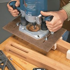 http://www.woodsmithtips.com/2016/02/18/router-jig-for-perfect-mortises/