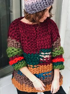 Super Chunky Sweater, Ugly Xmas Sweater, Hand Knitted Sweater, Oversize Chunky Knit Jumpers Always wanted to discover ways to knit, yet not certain the place to begin? This particular Total Beginner Knitting Coll. Thick Sweaters, Hand Knitted Sweaters, Chunky Knit Jumper, Knit Cardigan, Ugly Xmas Sweater, Warm Outfits, Jacket Pattern, Knit Jacket, Hand Knitting