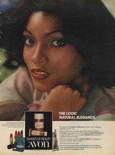 Vintage Meets Modern: A Classic Lifestyle New Look - Popular Vintage Vintage Beauty, Vintage Makeup Ads, Retro Makeup, 1970s Makeup, Vintage Labels, Vintage Ads, Vintage Black, Retro Ads, Vintage Cameras