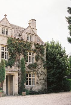 All I want in life is to live in an English Country Home