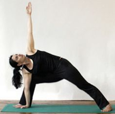 Yoga for Back Pain - Stretch Flank, Rib and Oblique Ab Muscles: Side angle pose can help with posture problems that cause back pain. Back Stretching, Back Stretches For Pain, Muscle Stretches, Yoga For Back Pain, Back Exercises, Yoga Poses For Back, Easy Yoga Poses, Side Angle Pose, Severe Back Pain