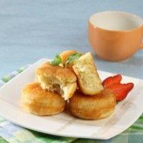 Kue kamir or kamir cake, a kind of pancake specialty of Pemalang, Central Java