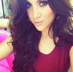 Nicole Guerriero, my fave YouTube Beauty Guru, love her tutorials!!! http://m.youtube.com/nguerriero19?uid=z0Qnv6KczUe3NH1wnpmqhA&desktop_uri=%2Fnguerriero19
