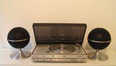 Bang & Olufsen Beocenter 3500 turntable, Grundig Audiorama 5000 speakers (1970s)