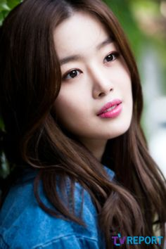 I'm falling in love with her 😍 Asian Woman, Asian Girl, Secret Sun, Han Sunhwa, Im Falling In Love, Beautiful Asian Women, Korean Women, Beautiful Actresses, Kpop Girls