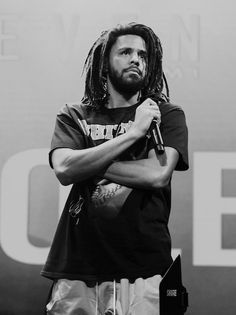 Listen to every J Cole track @ Iomoio Black And White Picture Wall, Black And White Posters, Black And White Wallpaper, Black Aesthetic Wallpaper, Black And White Aesthetic, Black And White Portraits, Black N White, Black And White Pictures, Boujee Aesthetic