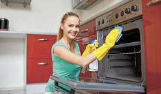 Oven Cleaning Course Do you work in a commercial kitchen or want to start your own oven cleaning business? This Oven Cleaning… Weekly Cleaning, Oven Cleaning, Cleaning Hacks, House Cleaning Company, House Cleaning Services, Residential Cleaning, Cleaning Business, Commercial Kitchen, Window Cleaner