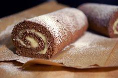 Unelmatorttu on varmasti hyvin monen suosikkileivonnainen ja tämä ei ole yhtään erikoista. Se on erittäin hyvää ja sellainen leivonnainen, että melko useasti keittiön kaapeista voi löytyä kaikki aineksetkin. Jos on tapana leipoa vähän useamminkin, niin... Finnish Recipes, Sweet Pastries, Tasty Bites, Healthy Treats, Vegan Desserts, Yummy Cakes, Hot Dog Buns, Sweet Tooth, Bakery