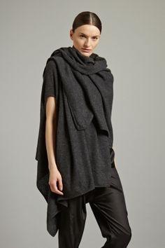 OYUNA London MANDU Cashmere Wrap in Charcoal