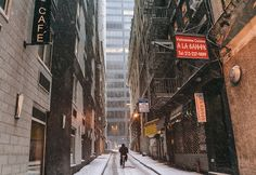 New York City - Winter - Bicycling Down an Alley in the Snow: Take a wintry bike ride through the narrow Gotham-like alleys of the Financial District in the snow.