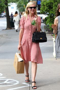 I always liked that Kiki didn't get her teeth fixed and the adorableness of this outfit makes me like her about 12% more. Oh and she was good in Virgin Suicides. Kirsten Dunst in NYC | Tom & Lorenzo