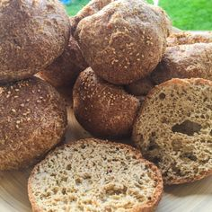 Keto LCH ketogenic bread, ideal for making buns or rolls # # . Low Carb Bagels, Bagel Recipe, Low Carb Breakfast, Coco, Low Carb Recipes, Brunch, Food And Drink, Nutrition, Snacks