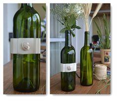Reciclagem garrafa de vinho laço Chanel Reciclagem de garrafas de vinho: veja como fazer! www.arteirasdecoracao.com.br Arteiras de Coração