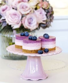 Peggy Porschen Cakes has a selection of Birthday cakes and cupcakes. Mini Desserts, Just Desserts, Purple Desserts, Colorful Desserts, Purple Cakes, Mini Cheesecakes, Individual Cheesecakes, Food Cakes, Mini Cakes