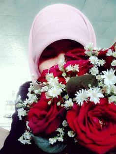 22juli2014 pagi... Dapat kiriman mawar wangi, di hari istimewa. Makasih sayank untuk moment spesial ini :-*